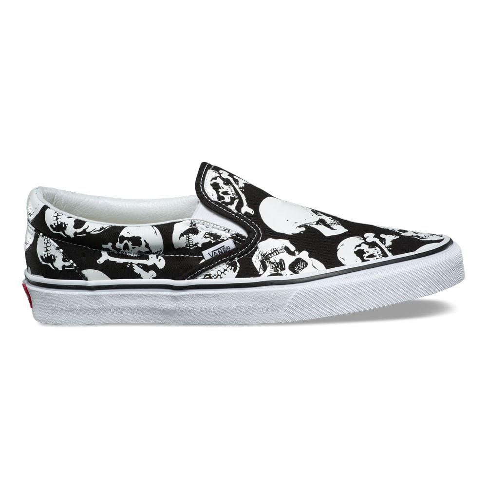 04f89e99c1b3ee Zapatillas skull classic slip on skulls black true white vans jpg 1000x1000 Skull  vans