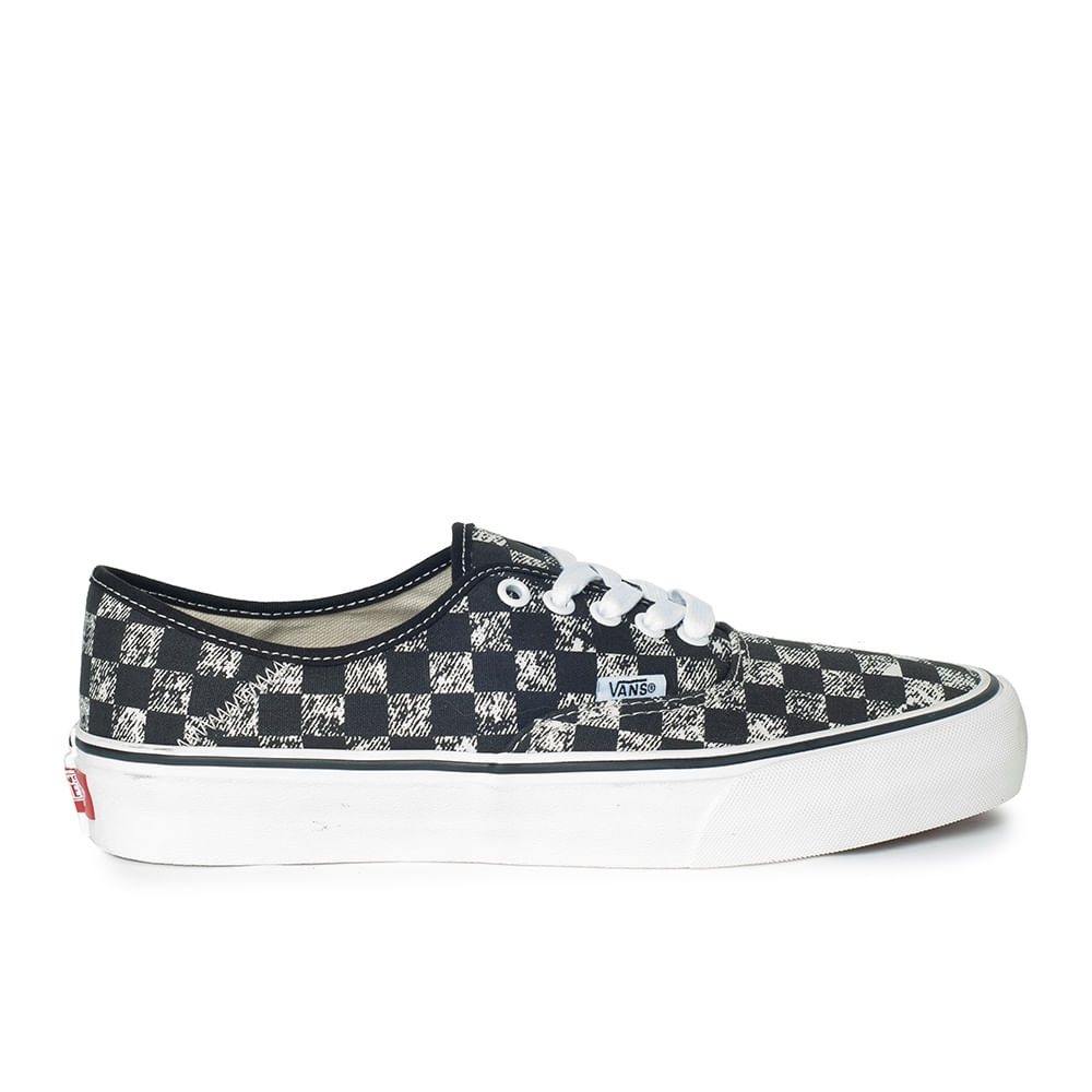 0768ce965 Zapatillas UA Authentic SF (Distressed Checkerboard) Black - Vans