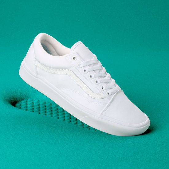 Zapatillas-UA-ComfyCush-Old-Skool--Classic--True-White-True-White