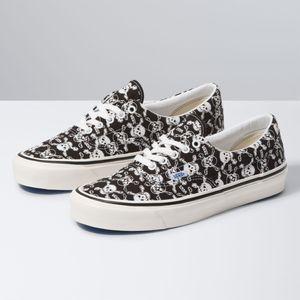 Zapatillas-Ua-Era-95-Dx--Anaheim-Factory--Og-Skulls-Og-Black-Og-White