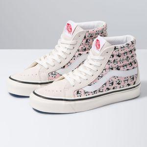Zapatillas-Ua-Sk8-Hi-38-Dx--Anaheim-Factory--Og-Pandas-Og-White-Og-Pink