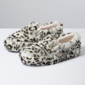 Zapatillas-Ua-Classic-Slip-On-Platform--Sandy-Liang--Paws-True-White