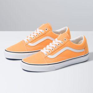 Zapatillas-Ua-Old-Skool--Neon--Blazing-Orange-True-White